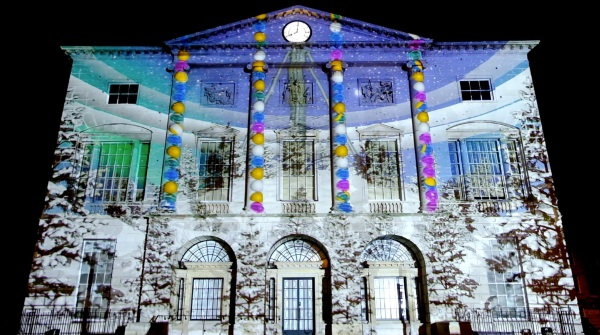 Event Projection: Christmas Projection Mapping in Cambridge