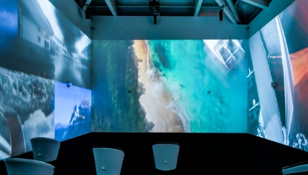 Event Projection: Nod-E in use at Superyacht Gallery