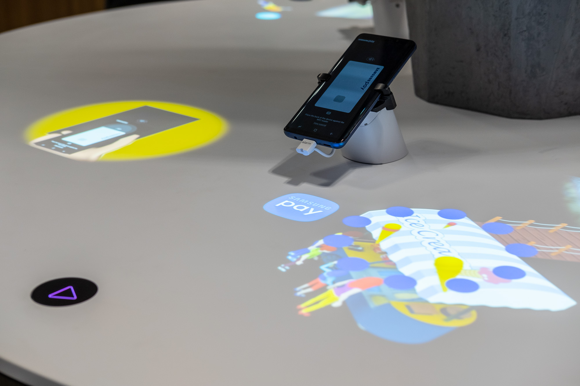 Event Projection: Bespoke Interactive Retail Display for Samsung